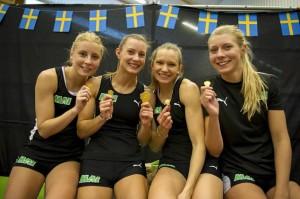 MAI:s segrande lag, 4x200 m kvinnor  Foto: Anders Sjögren, DECA Text&Bild